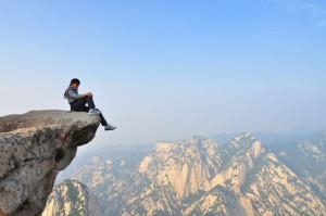 vacances-montagne-hua-shan-en-chine-asie-pic-tres-haut-randonnee-aventure